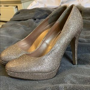 Gold shimmery Heels from Call it Spring